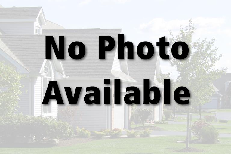 Outside Living Area / Carport