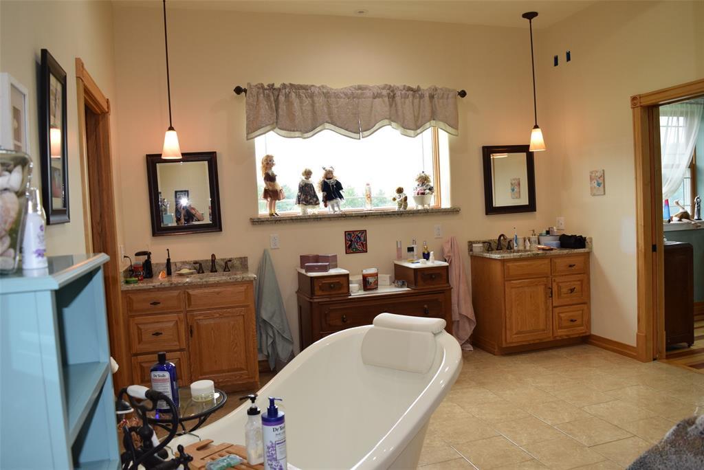 Big 13x18 Master Bath!