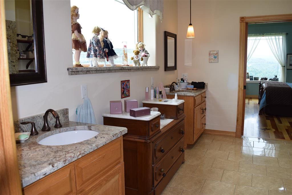 View 2 - Granite counters, ceramic floors!